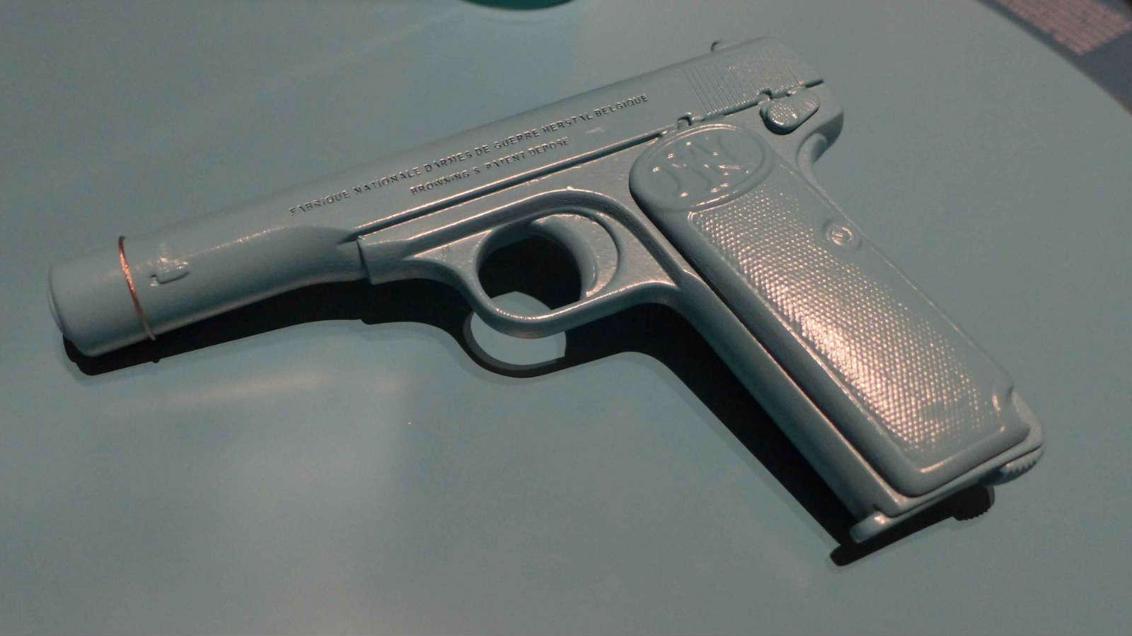 attentats pistole des 1 weltkrieges erstmals als 3d druck replik gefertigt 3d druck service. Black Bedroom Furniture Sets. Home Design Ideas